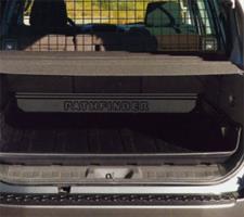 84983EB302 Штора багажника передняя  R51M