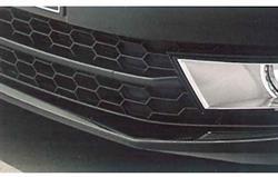 5E0071311 Накладка переднего бампера чёрн.  A7
